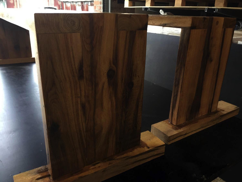 meubles anciens vieux bois. Black Bedroom Furniture Sets. Home Design Ideas